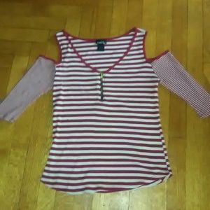 LIKE NEW Rue 21 Red/White Cut out Shoulders Top!